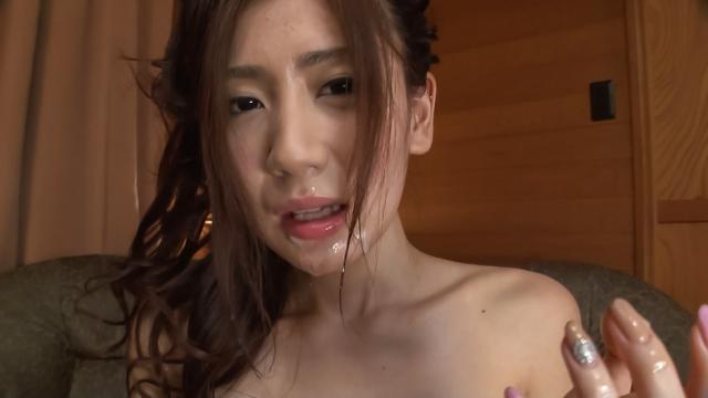 AV Videos Girl in red panties endures Asian cum shot on face