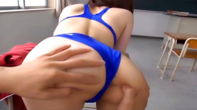 Raunchy babe gets a messy cum on ass - Japanese AV Porn