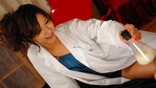 Horny nurse Asami Yoshikawa goes for a cock - Japanese AV Porn