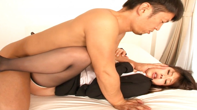 Asakura Yui enjoys having her tight cunt drilled - Japanese AV Porn