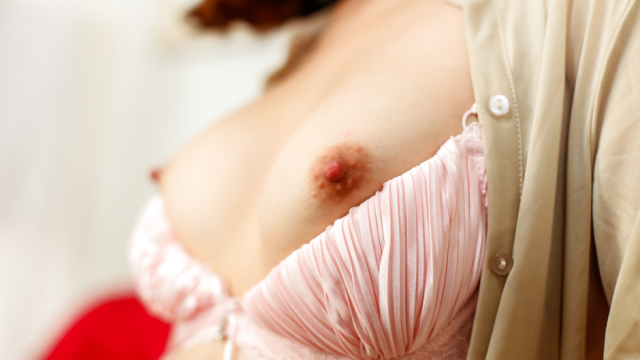 Asian huge dildo to crack Nonoka Kaede's pussy - Japanese AV Porn