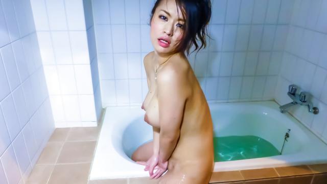 Asian mature sex movie with Kaede Niiyama - Japanese AV Porn