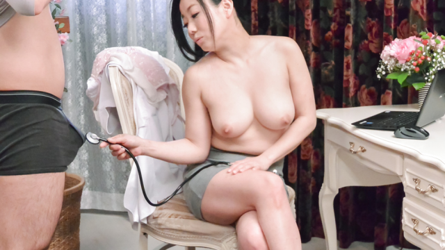 Busty doll amazes with her Asian blowjob - Japanese AV Porn