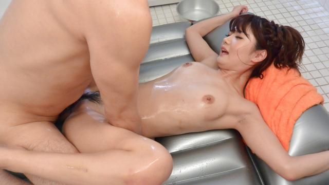 Nude beauty pleases partner with soft porn play - Japanese AV Porn