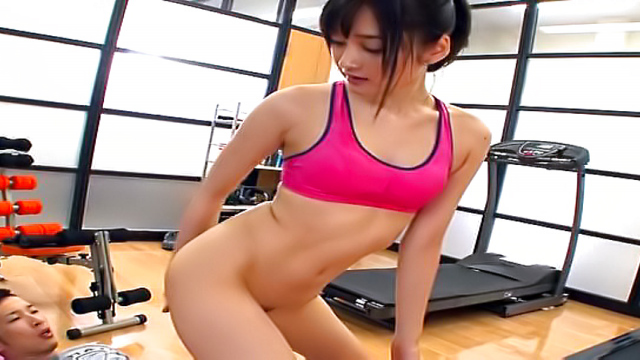 AV Videos Cute Asian Mizuho Uehara gives a steamy blow job indoors