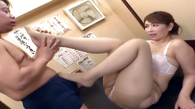Fine mature Asian enjoys pleasing horny dude - Japanese AV Porn