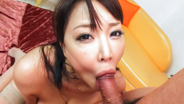 Hinata Komine sucking cock like never before - Japanese AV Porn