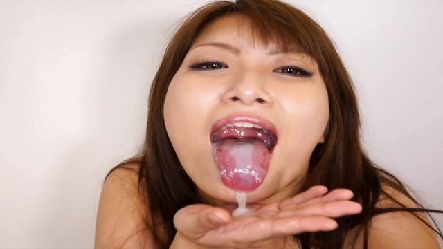 MIlf Mizuki wants a deep penetrating fuck - Japanese AV Porn