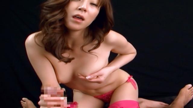 Naughty Reiko Sawamakura and Honami Takasaka action - Japanese AV Porn