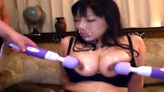 Sankihon Nozomi has her cunt sensually stimulated - Japanese AV Porn