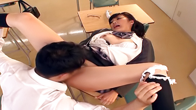 AV Videos Sexy Harukawa Sesera gets rammed in a classroom